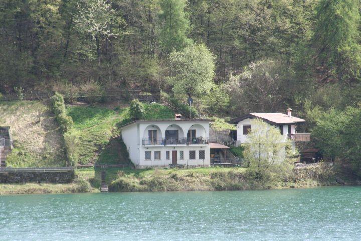 Casa Federica vom See aus