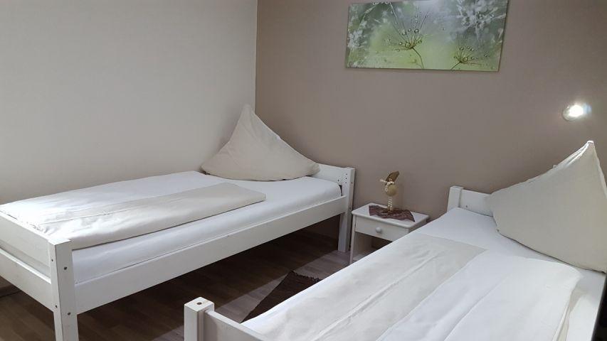 3. Schlafzimmer im OG:  mit 2 Einzelbetten
