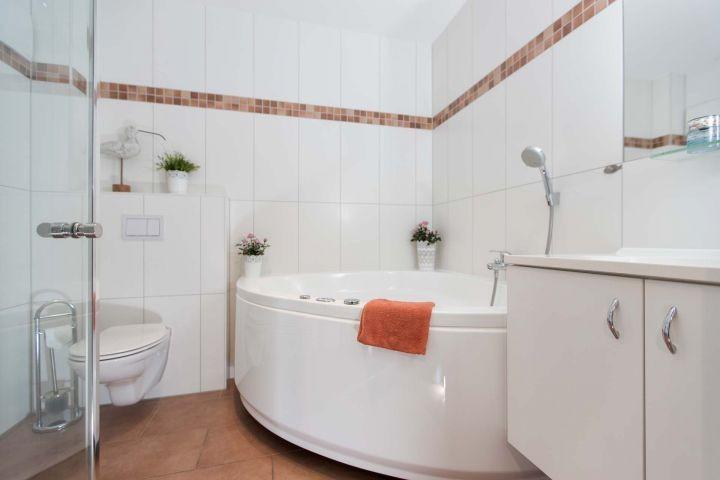 Ebenerdiges Bad im Erdgeschoss