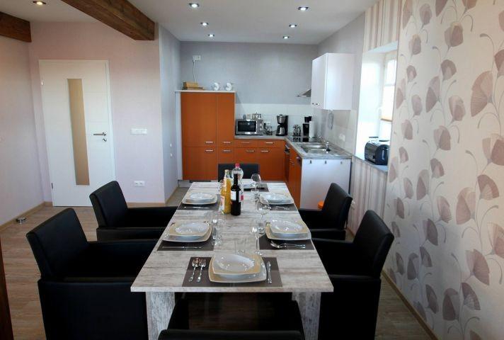 Esstisch im Küchen-Wohnbereich