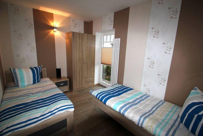 Schlafzimmer EG 2 x Einzelbett