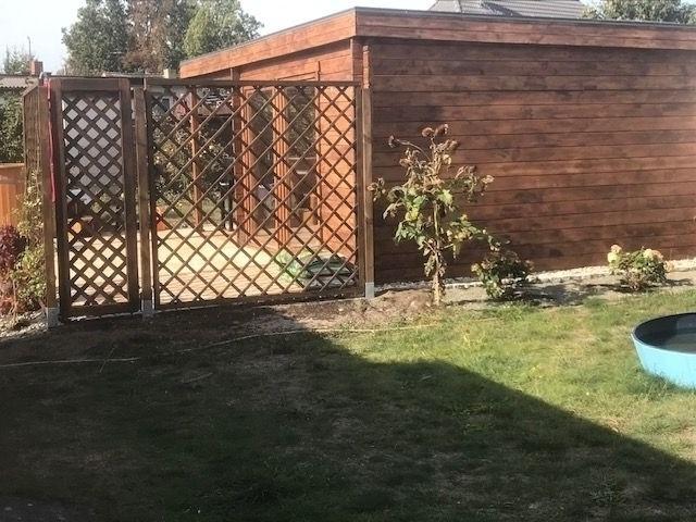 Gartenhaus Seitenansicht