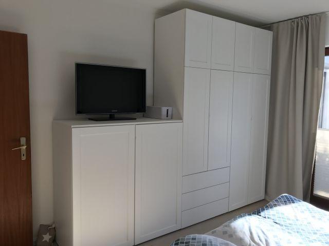 Teilansicht Schlafzimmer 1