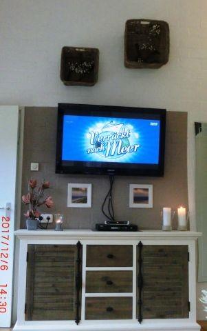 Wohnzimmer mit Flachbildschirm