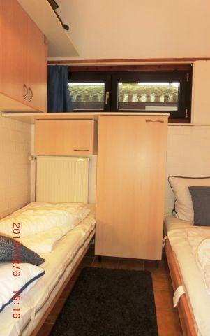 SZ mit 2 Einzelbetten 90 x 200 cm und eigenen SChränken