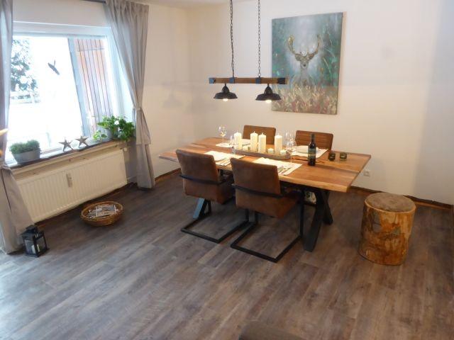 Unser neues Wohn/Esszimmer für max. 5 Personen.
