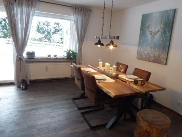 Unser neues Wohn-/Esszimmer für max. 5 Personen.