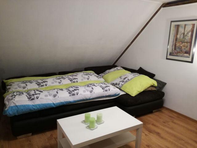 gemütliche Wohnzimmerschlafcouch DG