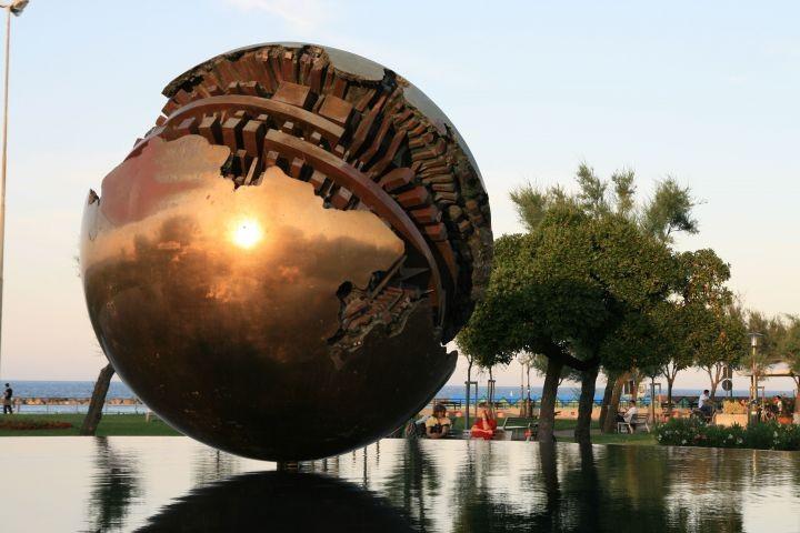 Pesaro, die Palla von Pommodoro