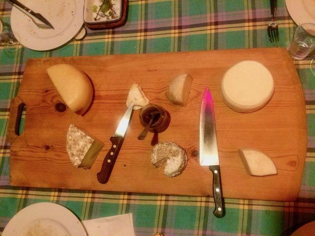 Feine Käsespezialitäten der Region, Besuch in der Käserei möglich