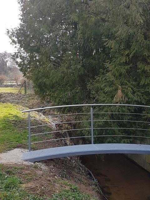 Brücke zur Hundewiese