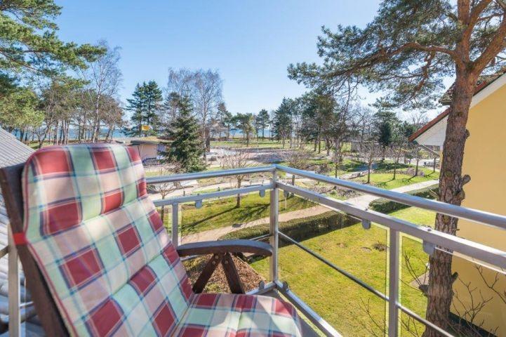 Blick vom kleineren Schlafzimmer Balkon