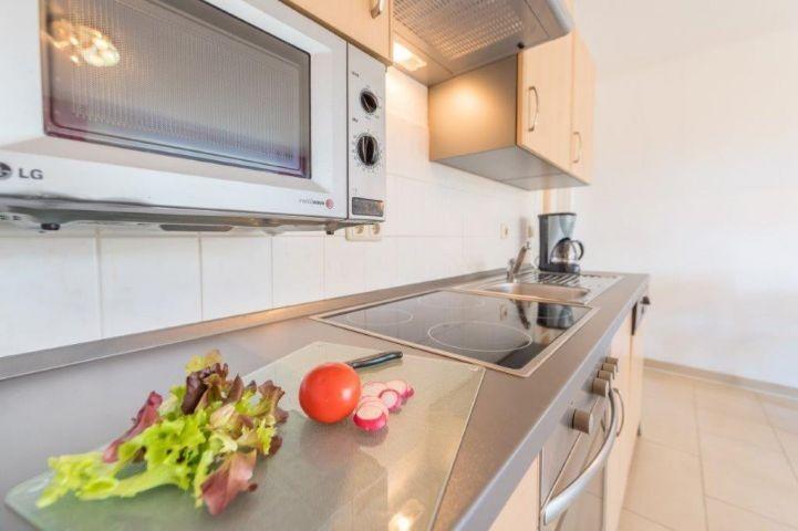 Küchenzeile 1