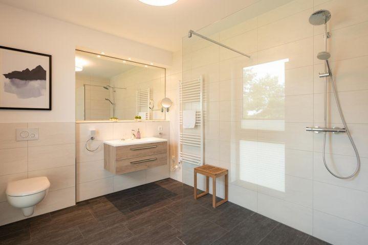 1. Badezimmer - Bad Ensuite