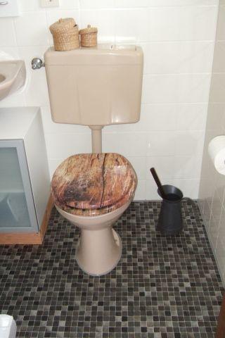 Klein, aber sauber und fein: Das Bad