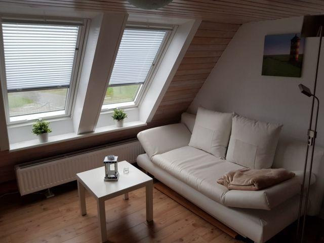 Schlafzimmer im Obergeschoss mit Sofa (mit Schlaffunktion)