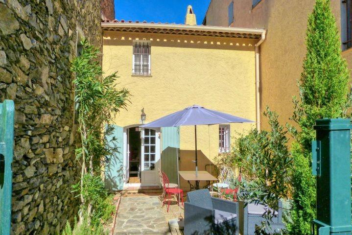 Ferienwohnung in La Garde-Freinet im Hinterland von Saint-Tropez an der Cote dAzur