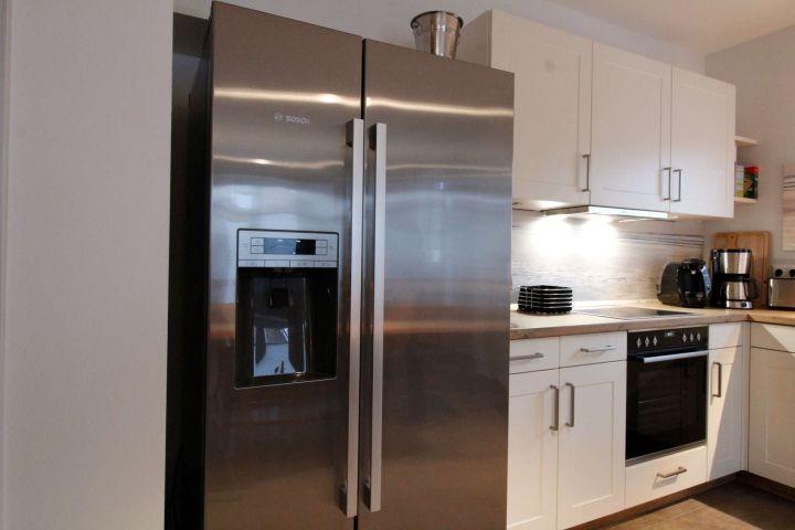 Kühlschrank mit Eiswürfel-bereiter