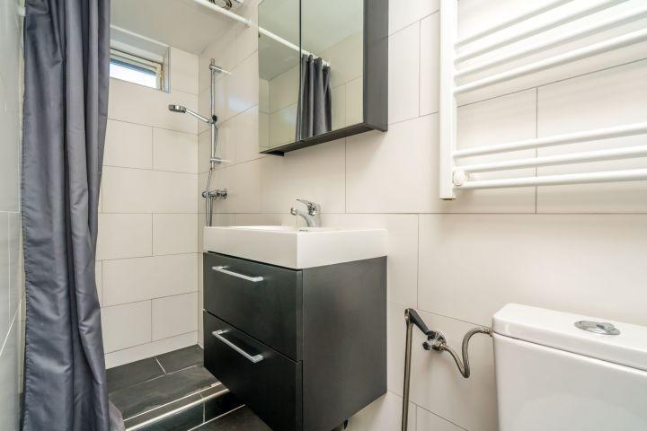 Das neue Badezimmer (2017) im Erdgeschoss