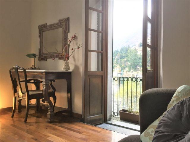 Zweites Wohnzimmer mit Romeo und Giulia Balkon