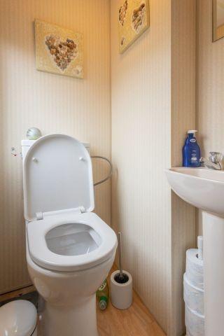 WC separat vom Duschbad