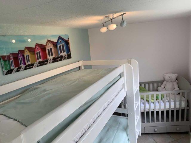 Schlafzimmer 3 mit zusätzlichem Babybett