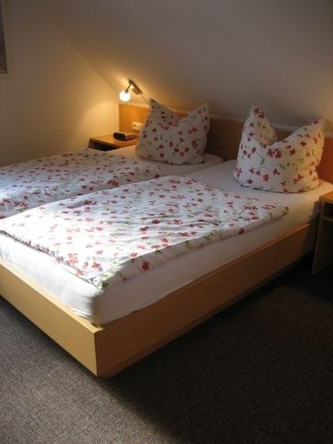 Romantisches Schlafzimmer im Obergeschoss