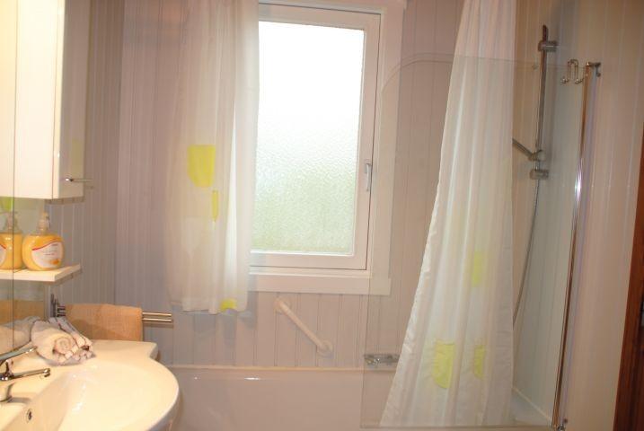 Badewanne im Extertal-Ferienhaus IXI