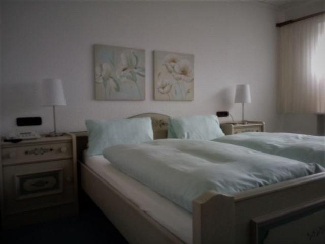 Doppelzimmer mit Balkon, Zimmer 5