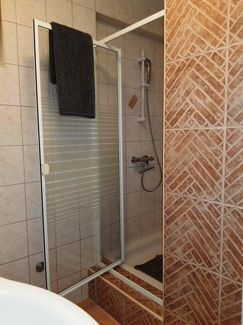 Appartment 1  -  Dusche