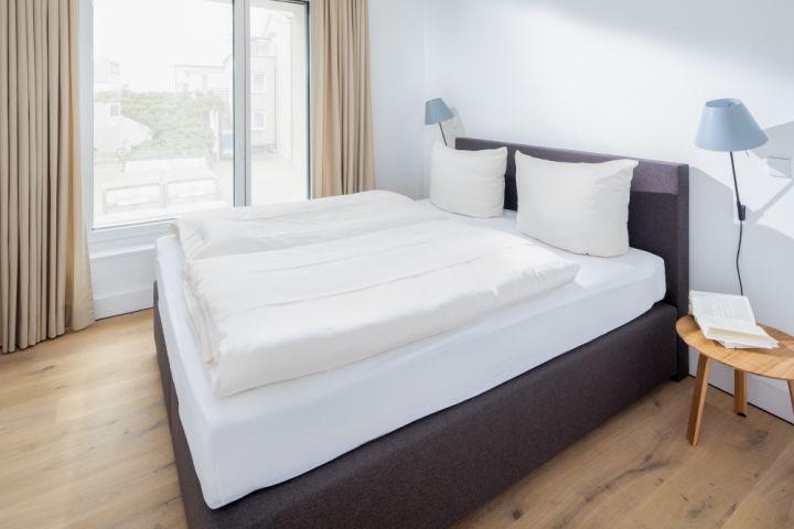 Schlafzimmer 01