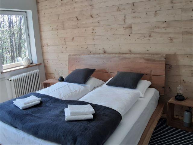 Schlafzimmer Bild 04