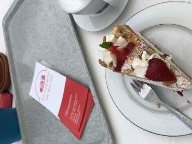 Fürstlich Kuchen speisen