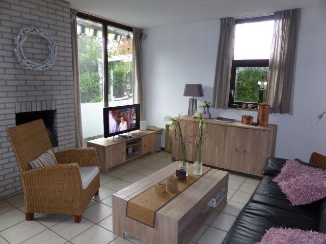 Wohnzimmer (mit Gaskamin)