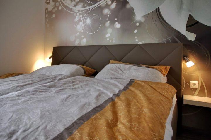 Doppelbett mit 2x90cm