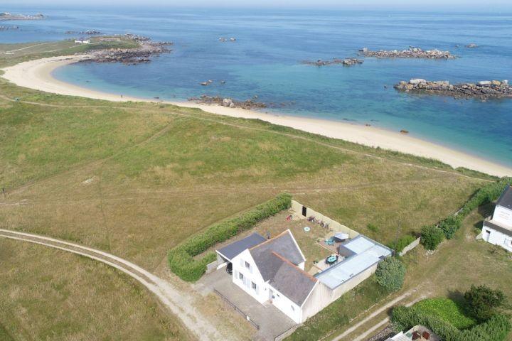 Bretagne : Blick am Meer, direkt am Strand, garten eingeschlossen