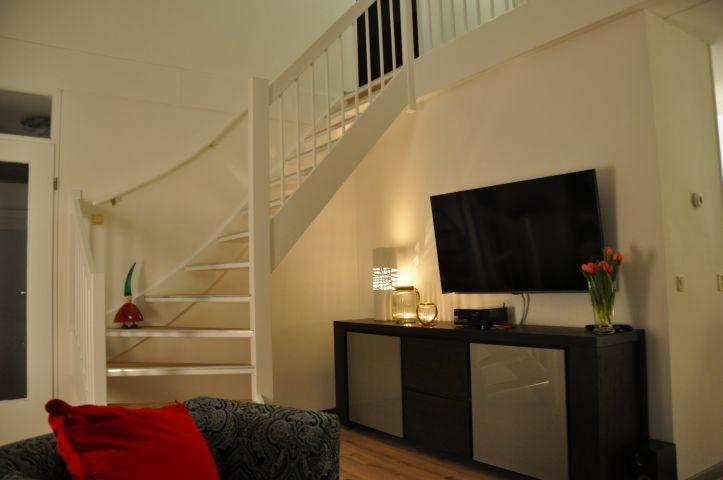 TV im Wohnzimmer mit deutschen Sendern