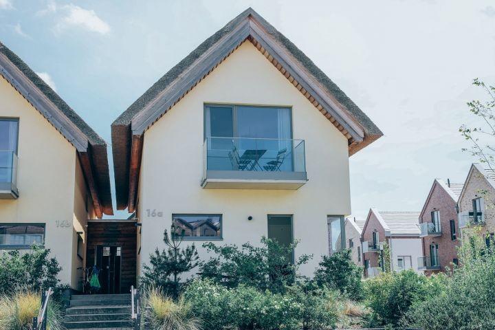 Hausfront Villa Dünengras in Heiligenhafen