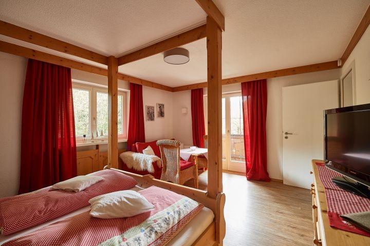 Appartement Goofy mit Sitzecke und Wintergarten