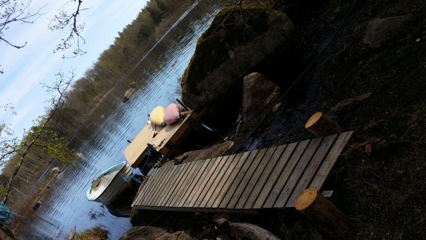 unser Bootssteg, ca- 100 m vom Häuschen entfernt