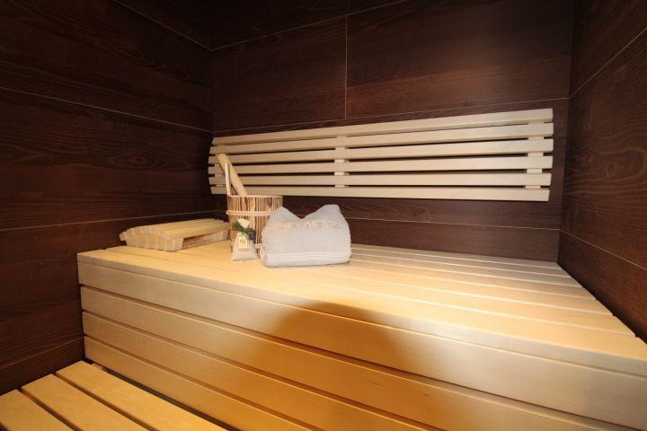...Wellness ganz privat in der eigenen Sauna
