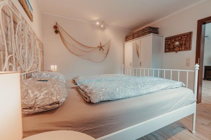 Das Fischer-Schlafzimmer (2)