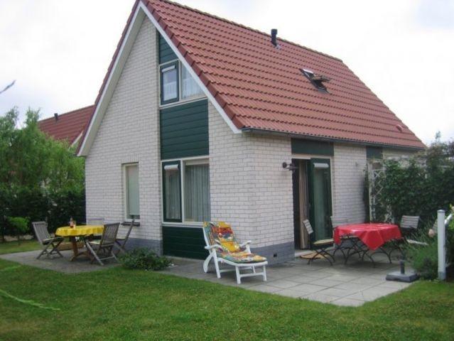 Der Garten mit 2 Terrassen