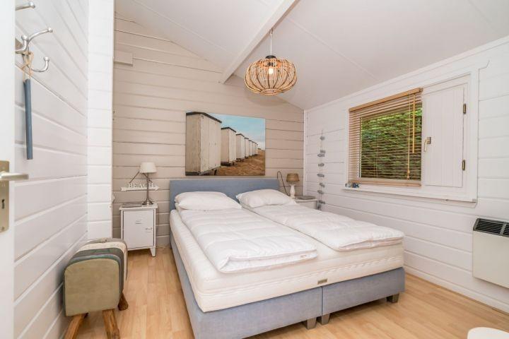 Schlafzimmer 1 mit Doppel Boxspring (160x200)