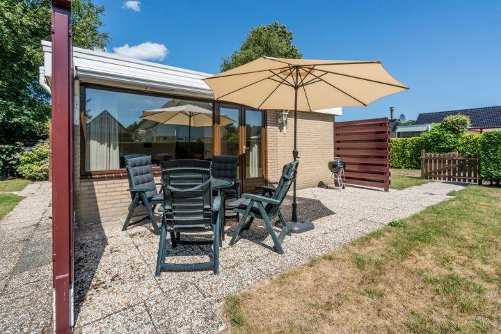 Die geschützte Terrasse mit Gartengruppe für 4 Personen