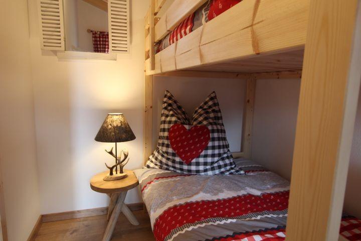 """Zimmer """"Waldblick"""" für unsere jungen Gäste mit Kommode"""