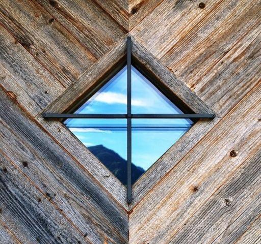 Hauseingang oben aus Altholz