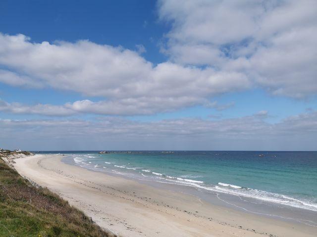 der Strand lädt zu ausgedehnten Spaziergängen ein