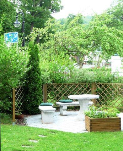 Sitzplatz in unserem Garten ©A. Zahn