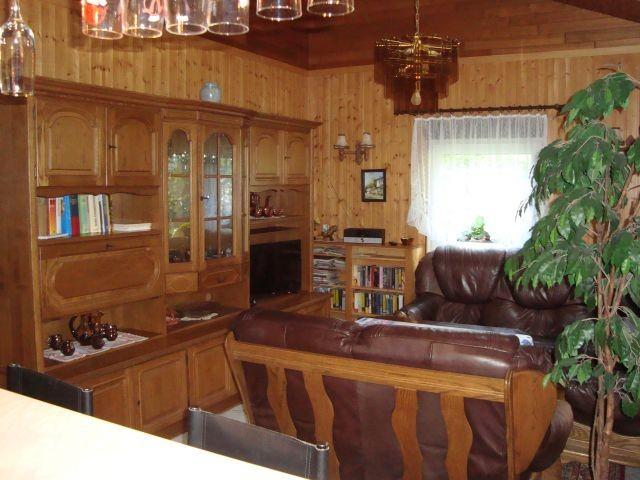 Wohnbereich mit Klmaanlage, Dachfenster u. Fußbodenheizung